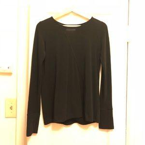 Long sleeves lightweight work out shirt